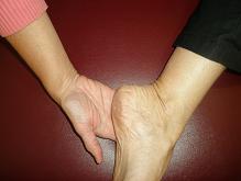 Small karen hand on heel